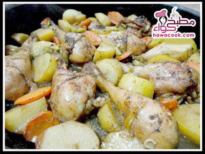 فراخ الدجاج بالخضروات