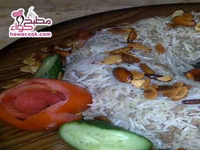 أرز اللحم بالمكسرات