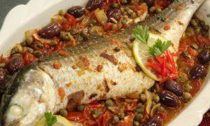 صينية السمك بالبطاطس و الزيتون